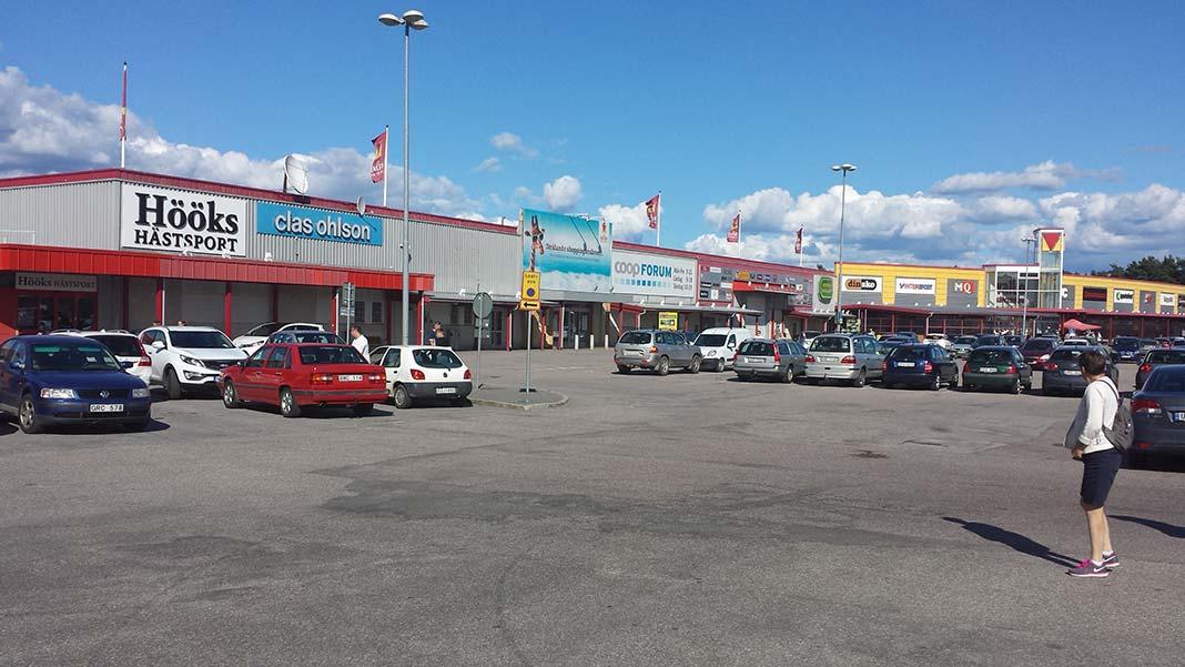 valbo köpcentrum öppettider